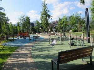 tn 3. Park plac zabaw Park Miejski